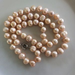 Jewelry - Natural pink  freshwater Baroque pearl necklace